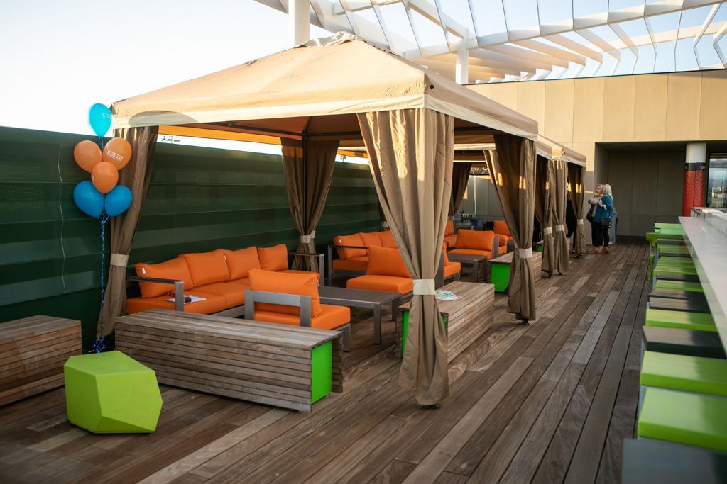 Daden Deck Cabana